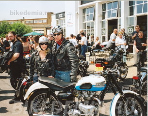 Любители мотоциклов Triumph