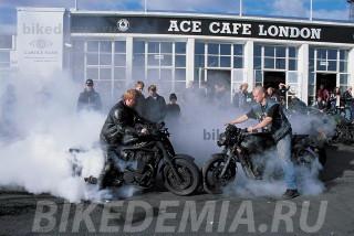 Битва крыс в Ace Cafe