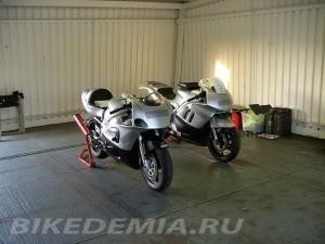 Suzuki GSX-R600 и Honda CBR600F
