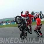 Танцы на мотоциклах в Donington Park