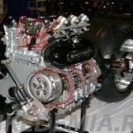 Разрез двигателя мотоцикла Triumph Rocket III