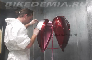 Завод Триумф:сектор покраски мотоциклов