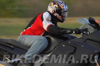 Посадка на Honda CBR1100XX Superblackbird очень удобная