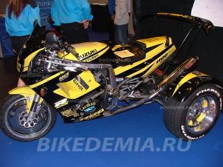 Трайк, сконструированный на базе Suzuki GSX-R1100