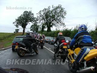 Дорога к Донингтон-парку в дни чемпионата MotoGP перегружена