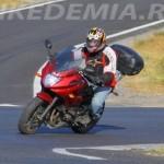 Yamaha XJ6SA Diversion не брезгует поворотами