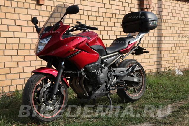 Yamaha XJ6SA Diversion: внешность современная
