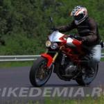 Moto Morini Corsaro 1200 гарантирует: термоядерный выход из поворотов