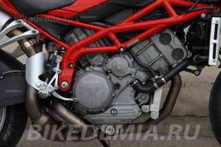Сверхкороткоходный V-твин Moto Morini Corsaro 1200
