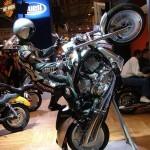 Harley Davidson V-Rod на заднем колесе