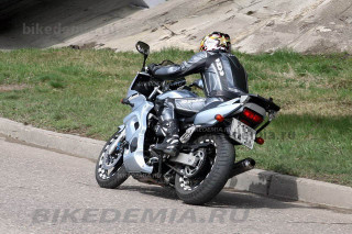Yamaha Fazer FZS600: почти как спортбайк