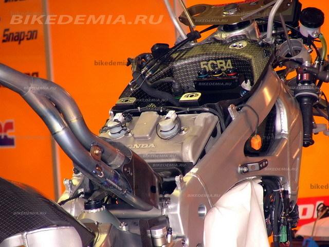Двигатель Honda RC211V