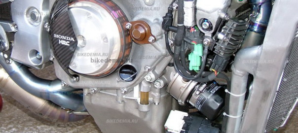 Двигатель мотоцикла Honda RC211V