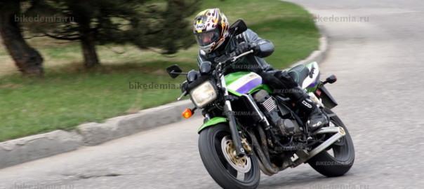 Kawasaki ZRX1200R: неоклассик с характером