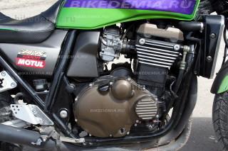 Двигатель Kawasaki ZRX1200R