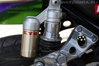 Kawasaki ZRX1200R: задние амортизаторы