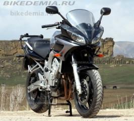 Yamaha FZ6 Fazer: с центральной подставкой