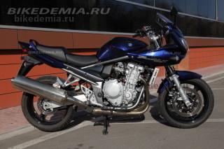 Тест Suzuki Bandit 1250S: новая рама стала толще и жестче