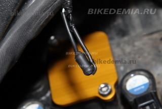 Тюнинг Suzuki GSX-R1000: вместо электрического клапана PAIR valve - резистор