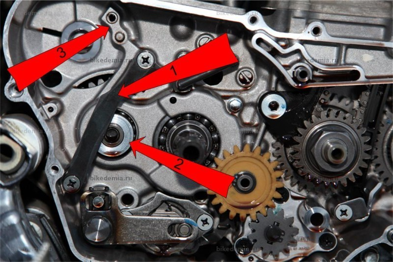 Cтопор и шайба промежуточного вала кистартера Suzuki DRZ-400