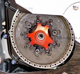 Мотоциклы KR Proton используют сухое сцепление