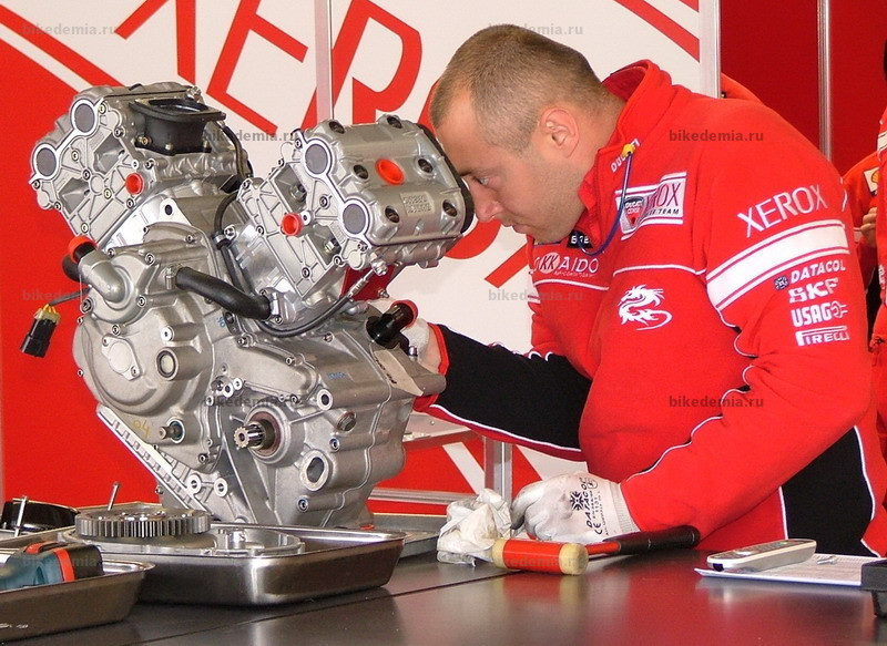 WSB: двигатель Ducati