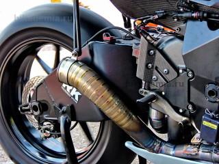 MotoGP: выхлопная система Suzuki GSV-R