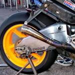 MotoGP: выхлопная система мотоцикла Honda RC211V