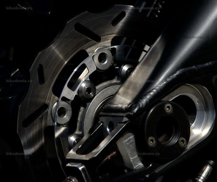 Задний тормозной диск Kawasaki ZX-RR