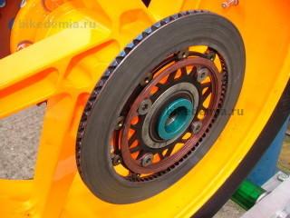 Задний вентилируемый тормозной диск Honda RC211V