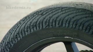 Дождевая шина с сильным износом