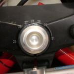 Верхняя траверса с регулируемым углом наклона вилки