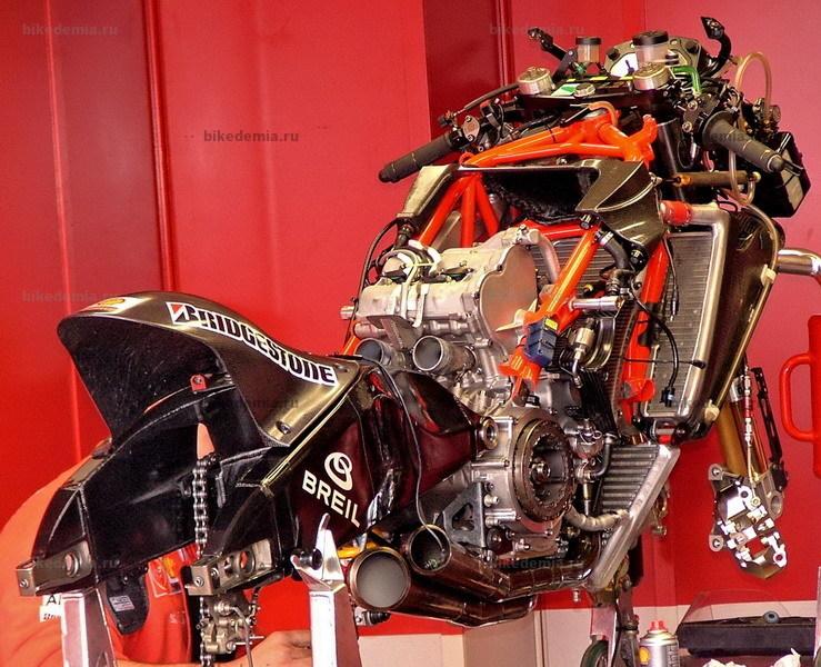 Ducati Desmosedici: двигатель используется как несущий элемент