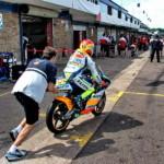 """MotoGP: мотоциклы класса 125 заводят """"с толкача"""""""