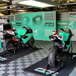 WSB: Бокс команды Foggy Petronas Racing
