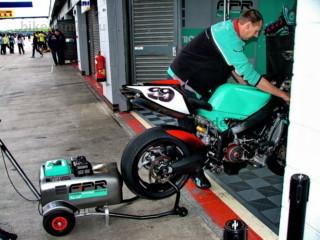 WSB: Запуск двигателя мотоцикла FP1